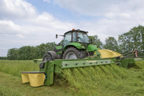 Krone EasyCut B 1000 CR Collect Disc Mower Combination for